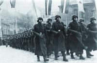 Red Army Recaptures Riga